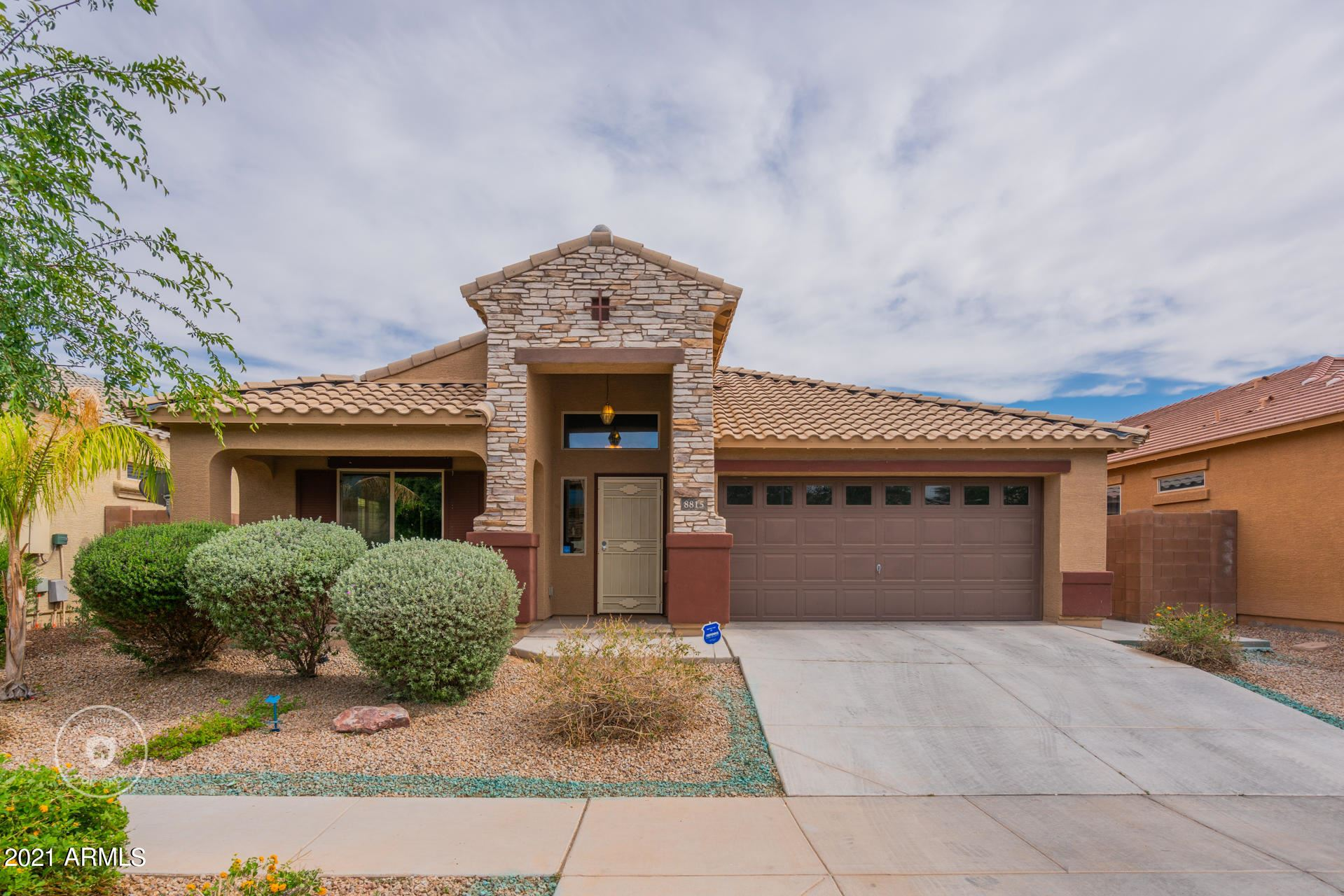 Photo of 8815 W PIONEER Street, Tolleson, AZ 85353 (MLS # 6232048)