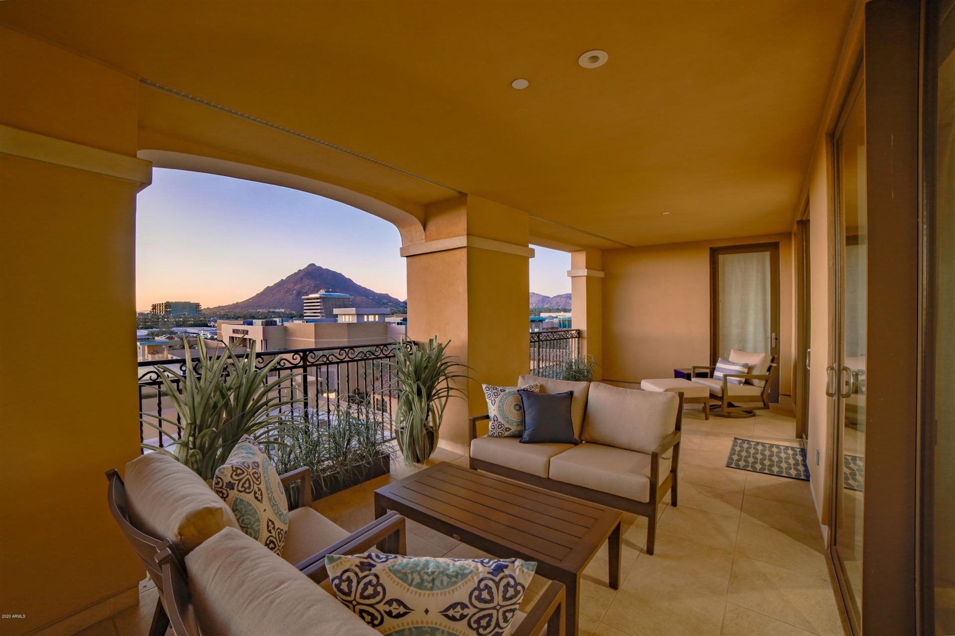 Photo of 7175 E Camelback Road #802, Scottsdale, AZ 85251 (MLS # 6269049)