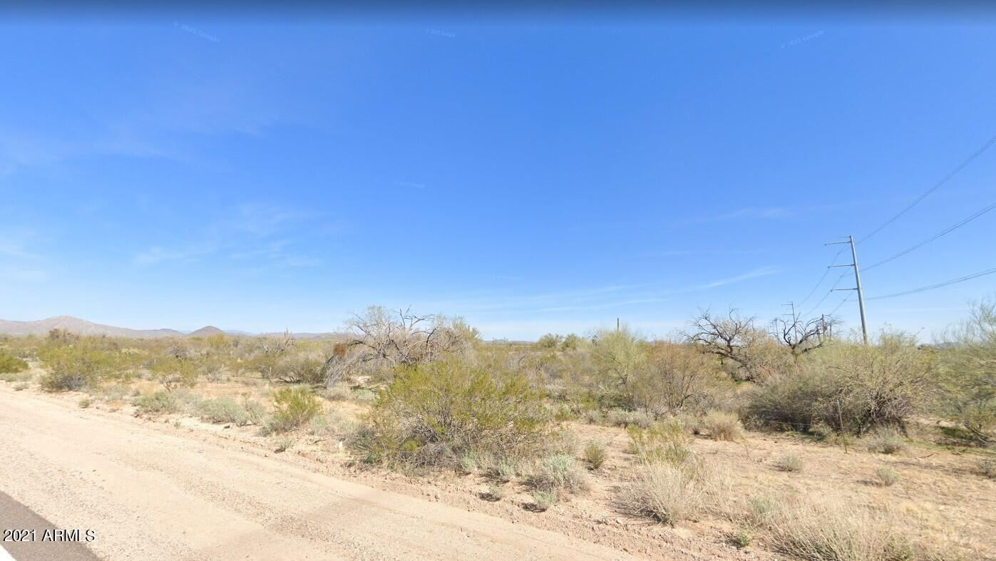 Photo of 0 W CAREFREE HWY/211TH AVE --, Morristown, AZ 85342 (MLS # 6294052)