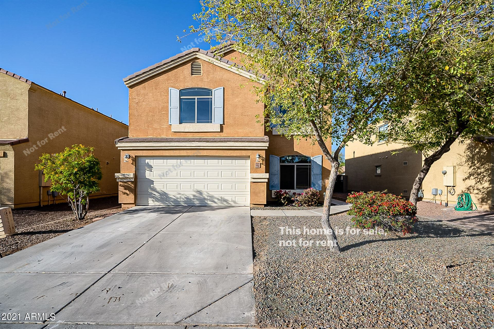 Photo of 1274 E DANIELLA Drive, San Tan Valley, AZ 85140 (MLS # 6203055)