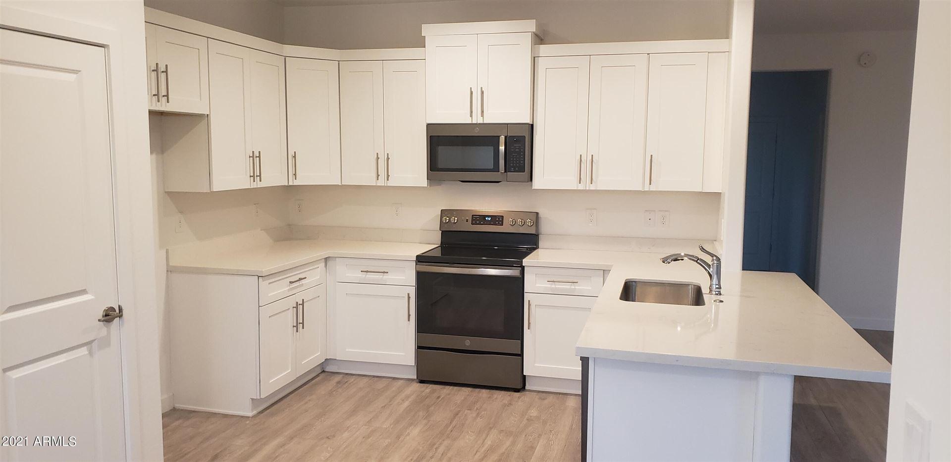 Photo of 32520 N 225th Avenue, Wittmann, AZ 85361 (MLS # 6304056)
