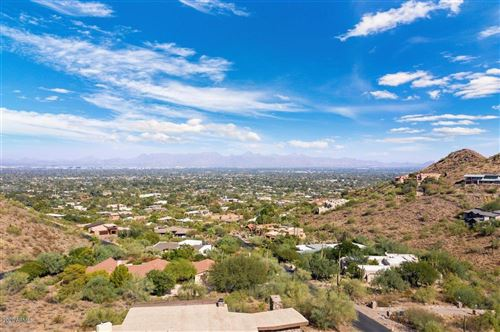 Photo of 8200 N CHARLES Drive, Paradise Valley, AZ 85253 (MLS # 6152062)