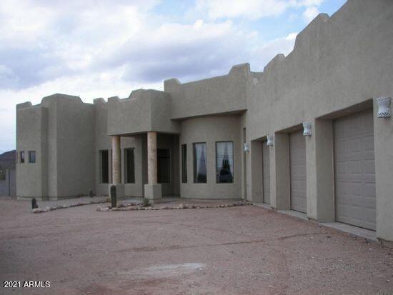 Photo of 4825 N IRONWOOD Drive, Apache Junction, AZ 85120 (MLS # 6247062)