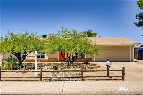 Photo of 1810 W KRISTAL Way, Phoenix, AZ 85027 (MLS # 6080063)