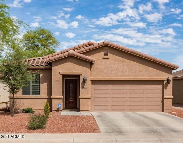 Photo of 20813 N ALMA Drive, Maricopa, AZ 85138 (MLS # 6294063)