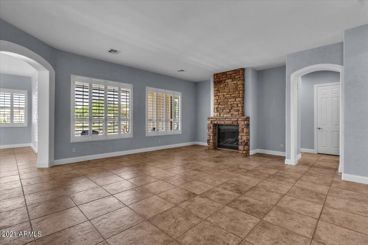 Photo of 3732 S HALSTED Drive, Chandler, AZ 85286 (MLS # 6311063)