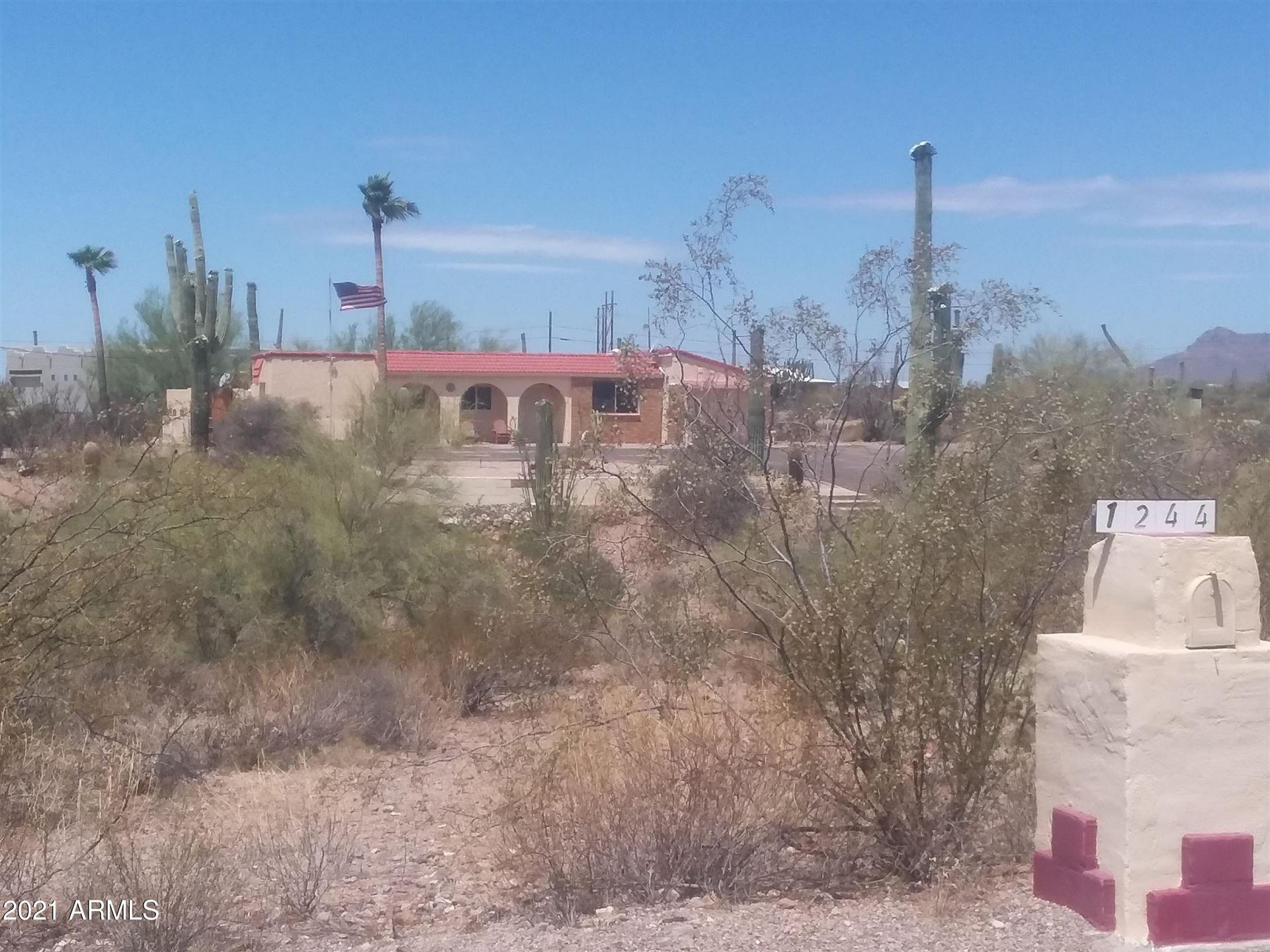 Photo of 1244 N BOYD Road, Apache Junction, AZ 85119 (MLS # 6246064)