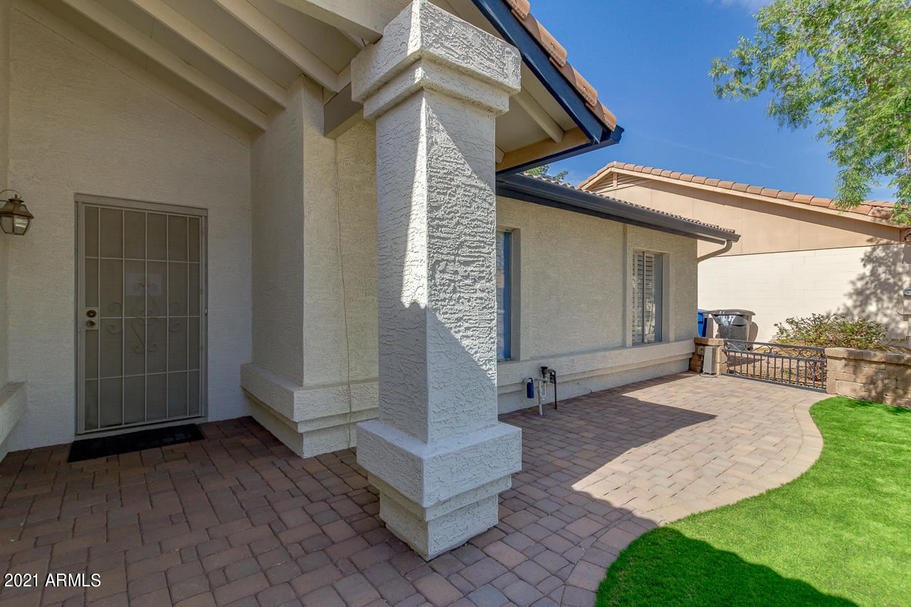 Photo of 1250 E HARVARD Avenue, Gilbert, AZ 85234 (MLS # 6228065)