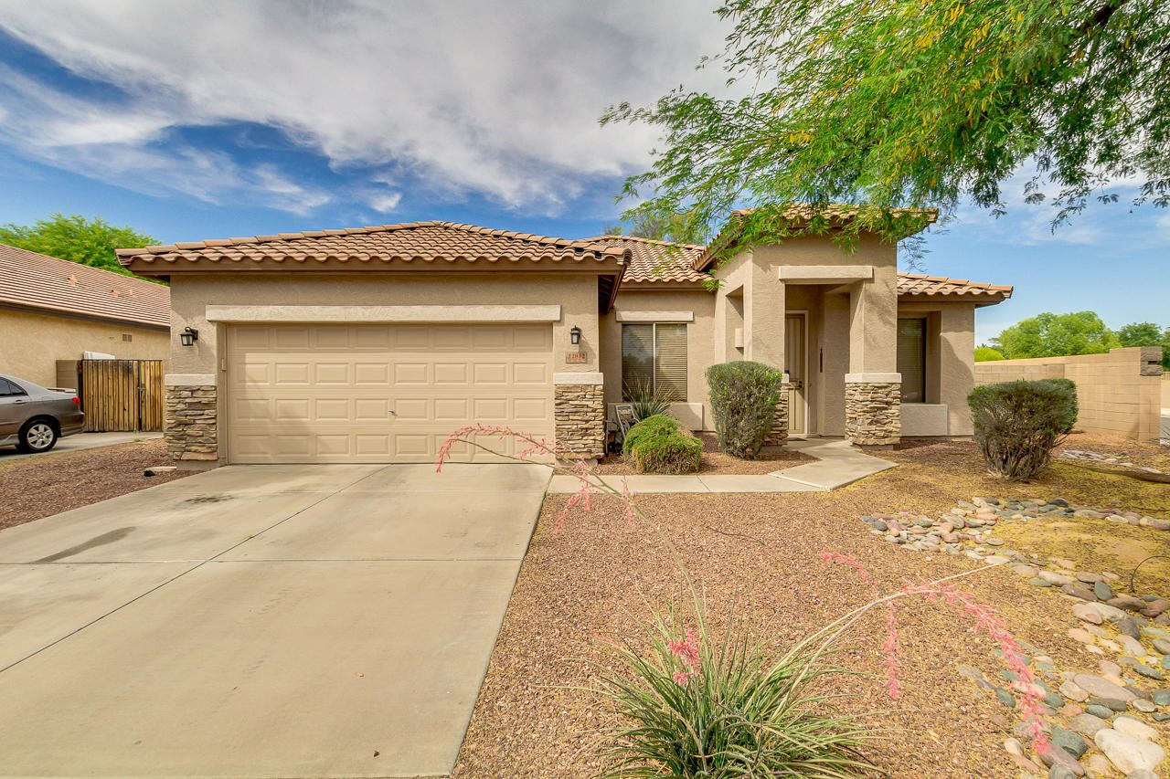Photo of 12812 W CAMPBELL Avenue, Litchfield Park, AZ 85340 (MLS # 6233069)