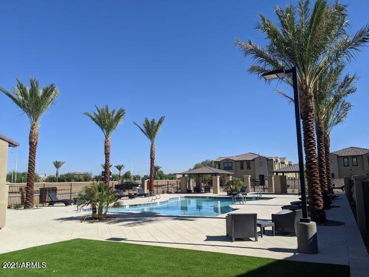 Photo of 155 N LAKEVIEW Boulevard #248, Chandler, AZ 85225 (MLS # 6269071)