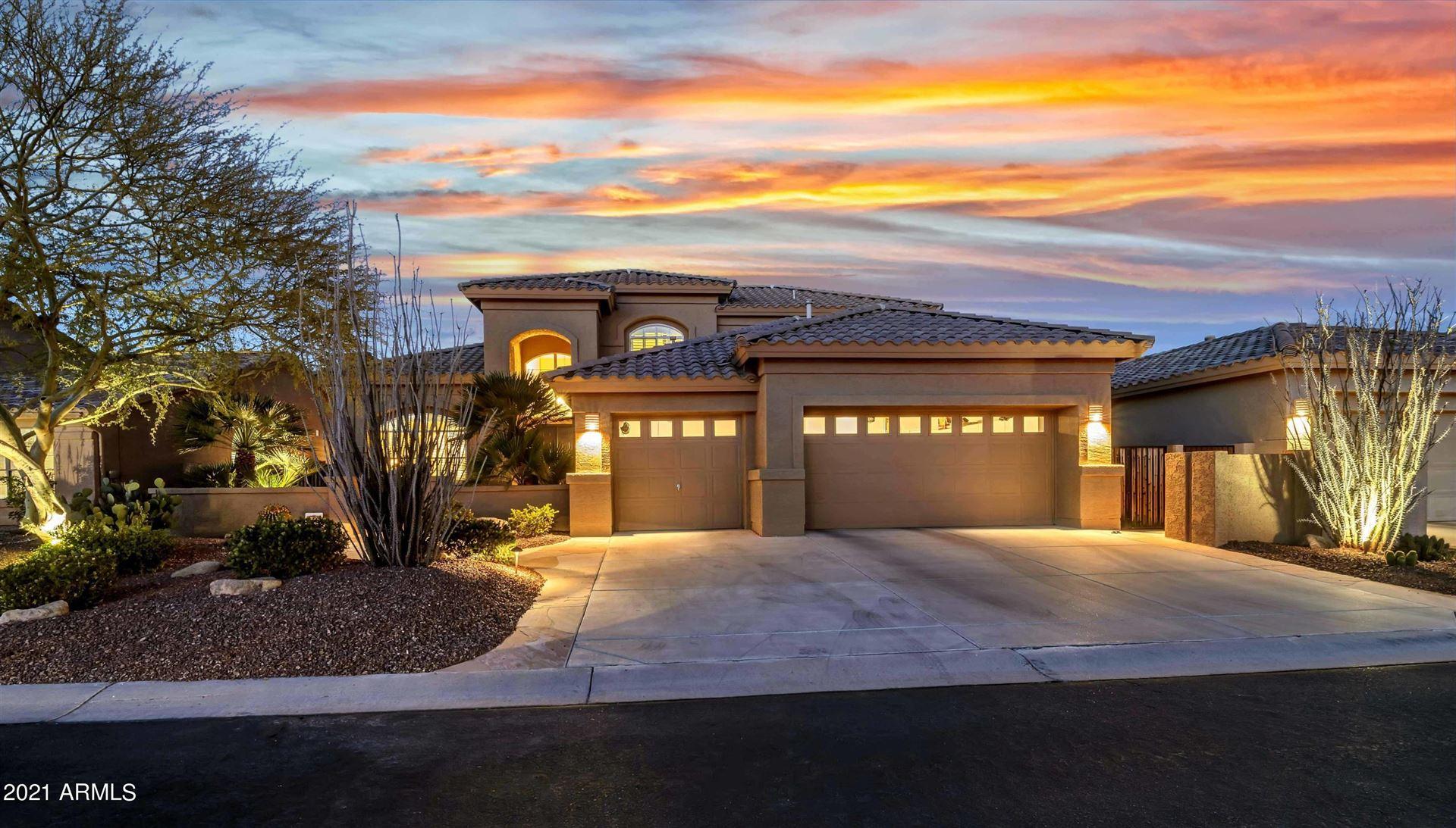 Photo of 24417 S LAKEWAY Circle SW, Sun Lakes, AZ 85248 (MLS # 6197075)