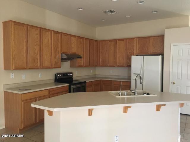 Photo of 7983 W TONOPAH Drive, Peoria, AZ 85382 (MLS # 6250079)