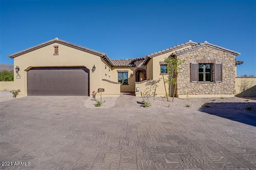 Photo of 3211 S HAWTHORN Court, Gold Canyon, AZ 85118 (MLS # 6011080)