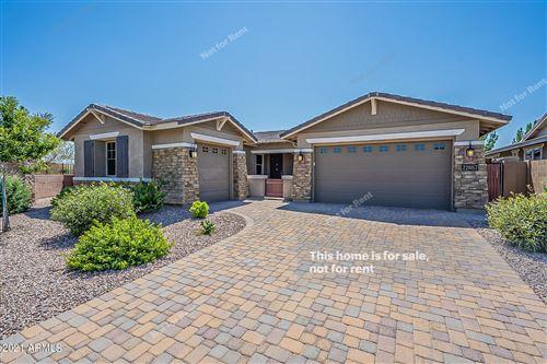 Photo of 22087 E ESCALANTE Road, Queen Creek, AZ 85142 (MLS # 6291084)