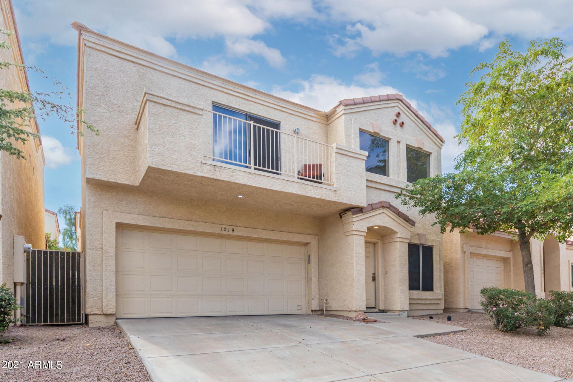 Photo of 1019 W JULIE Drive, Tempe, AZ 85283 (MLS # 6311087)