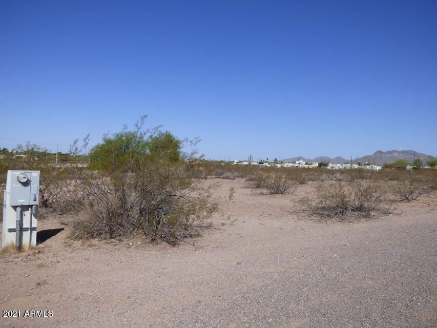 Photo of 700 E Old West (Approx) Highway, Apache Junction, AZ 85119 (MLS # 6295088)