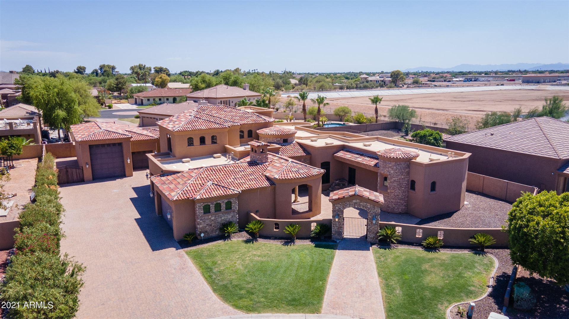 Photo of 3525 E POMEGRANATE Circle, Mesa, AZ 85213 (MLS # 6269092)