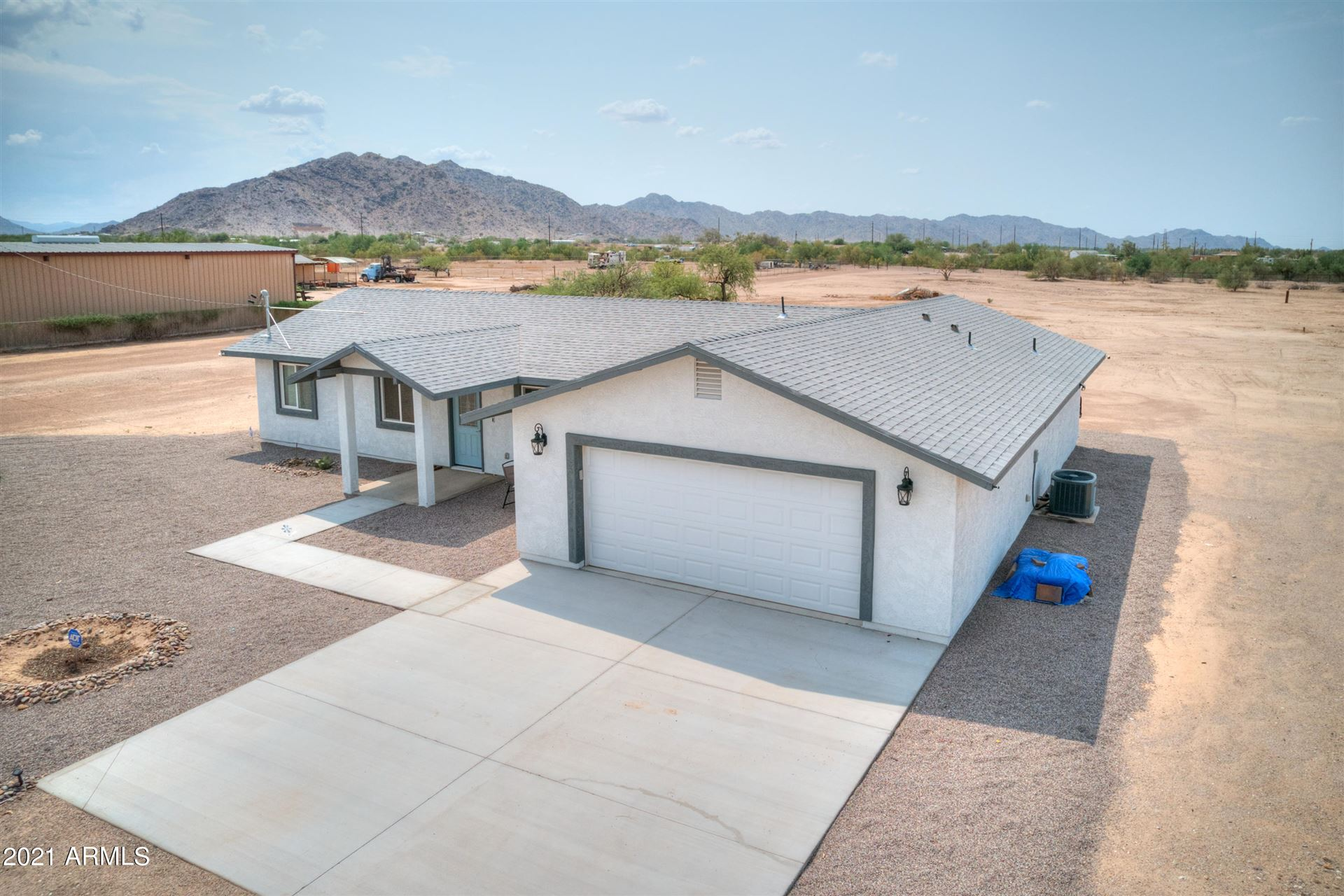 Photo of 12814 N LAVERN Lane, Maricopa, AZ 85139 (MLS # 6269093)