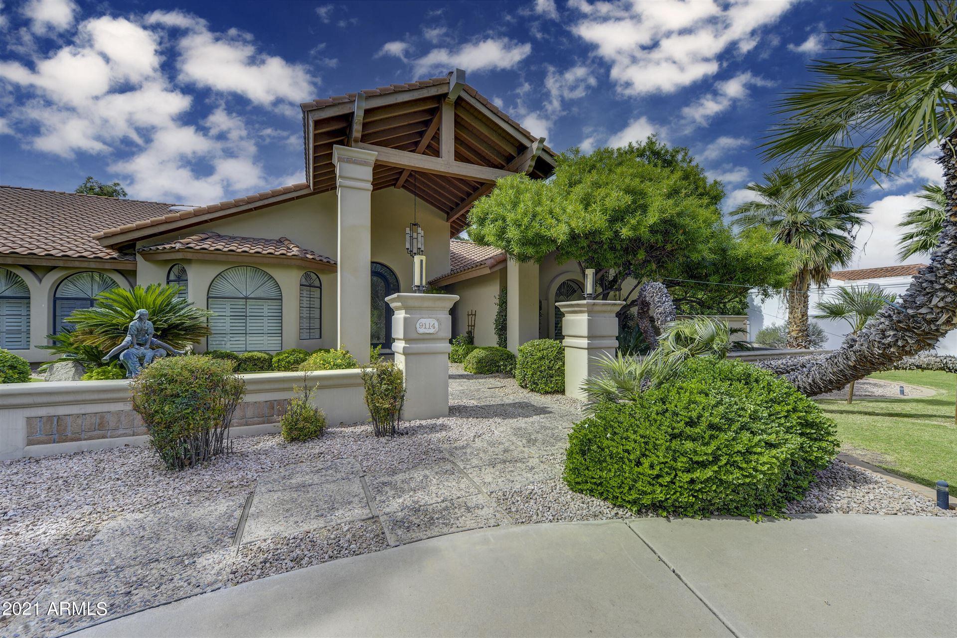 Photo of 9114 N 55TH Street, Paradise Valley, AZ 85253 (MLS # 6305099)