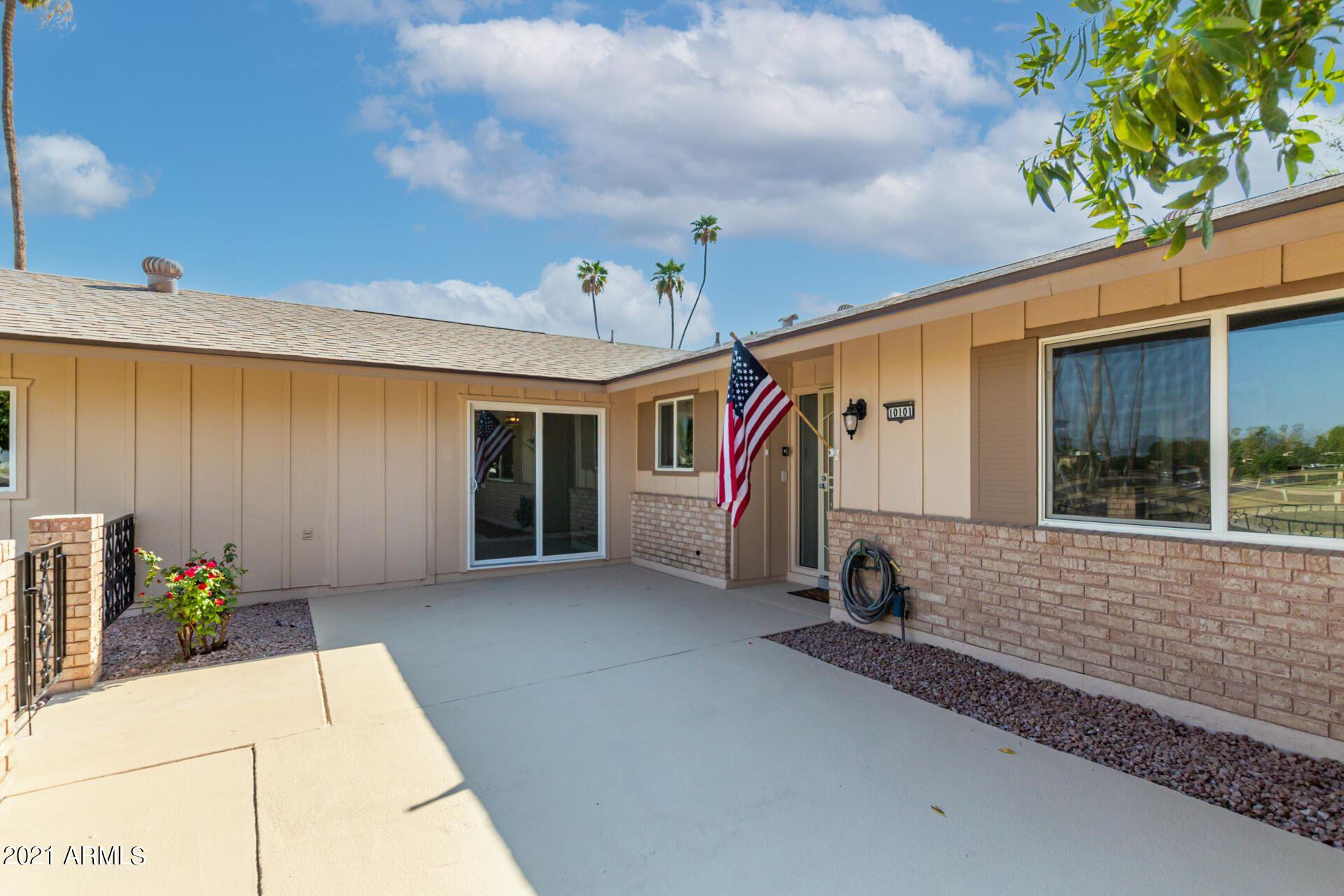Photo of 10101 W CANDLEWOOD Drive, Sun City, AZ 85351 (MLS # 6295100)