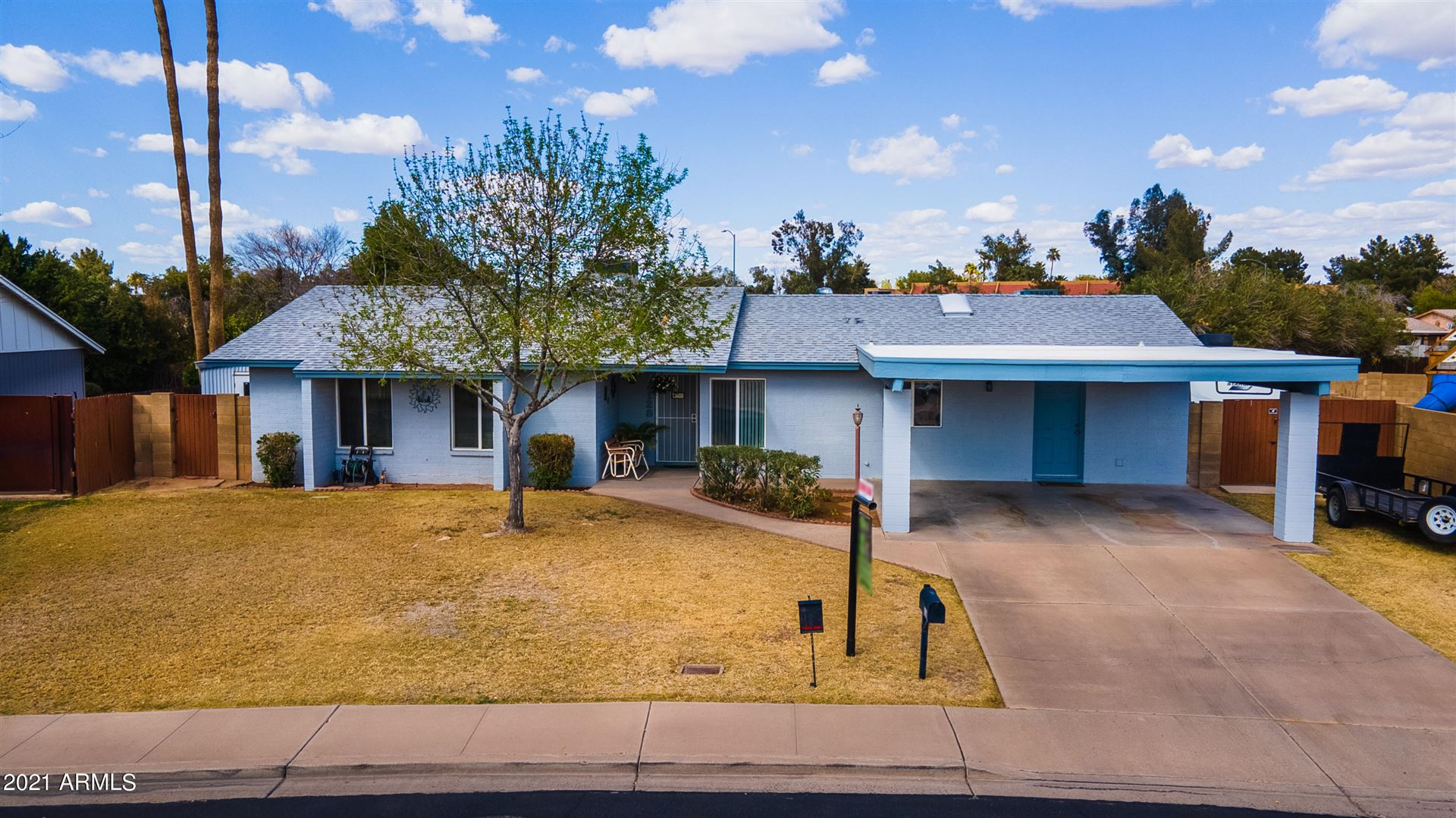 Photo of 1128 W KILAREA Avenue, Mesa, AZ 85210 (MLS # 6201106)