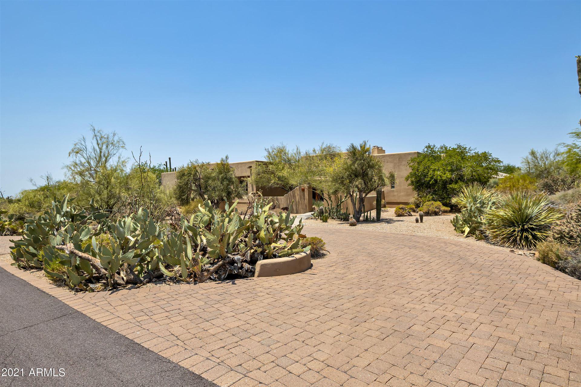 Photo of 36420 N Twilight Trail, Carefree, AZ 85377 (MLS # 6254107)