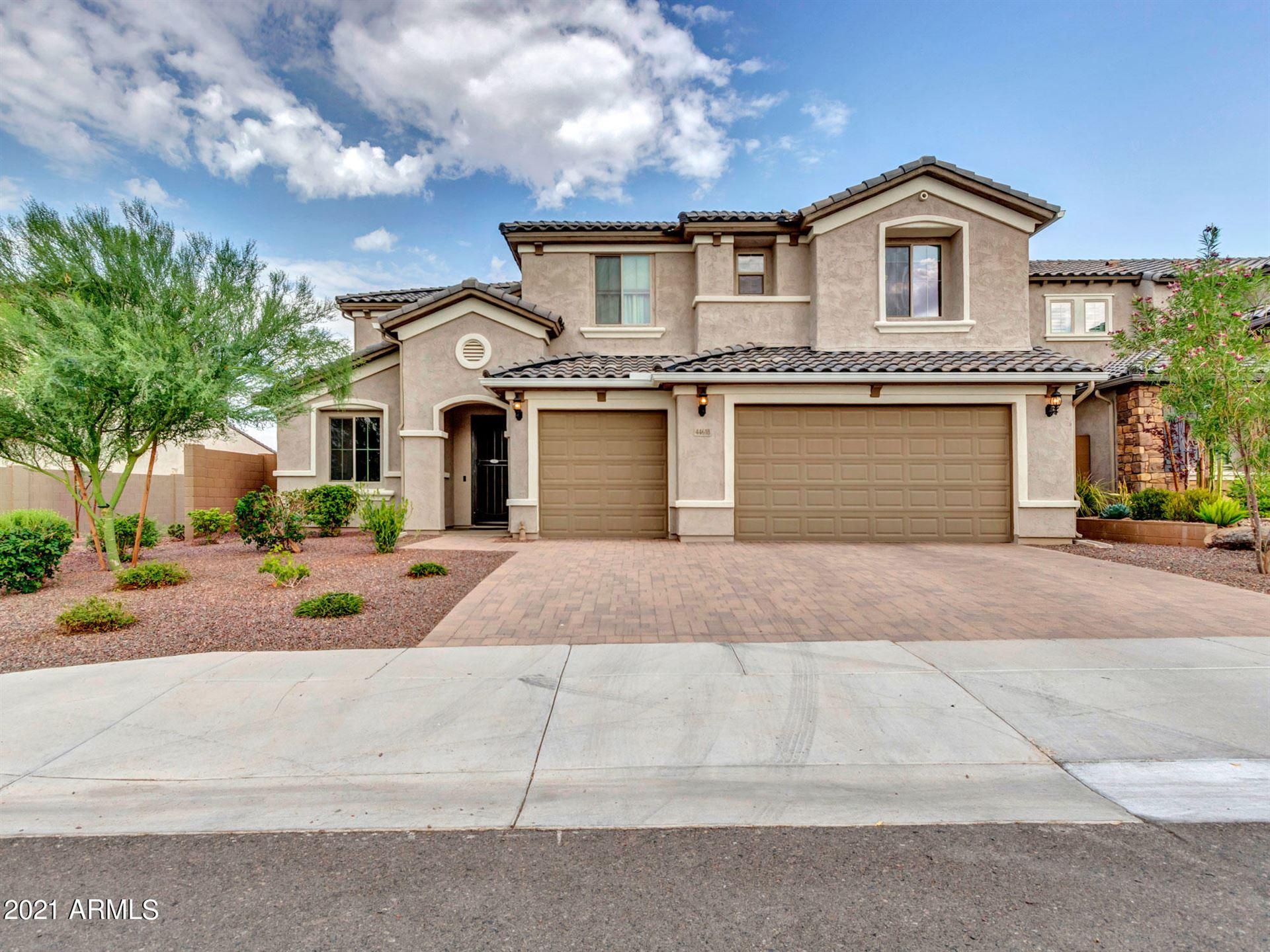 Photo of 44618 N SONORAN ARROYO Lane, New River, AZ 85087 (MLS # 6263109)