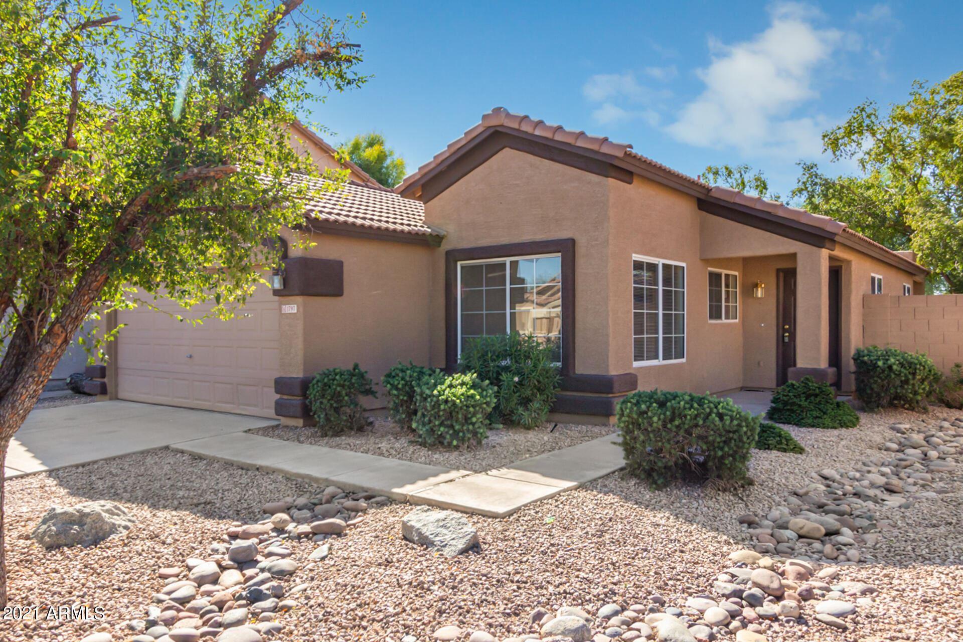 Photo of 1797 E CARLA VISTA Drive, Chandler, AZ 85225 (MLS # 6307109)