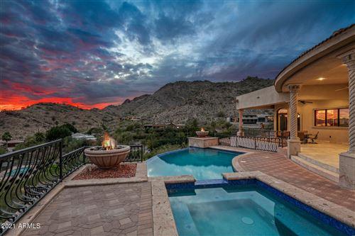 Photo of 7024 N LONGLOOK Road, Paradise Valley, AZ 85253 (MLS # 6161111)