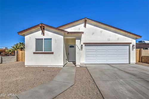 Photo of 3222 W MADISON Street, Phoenix, AZ 85009 (MLS # 6198115)