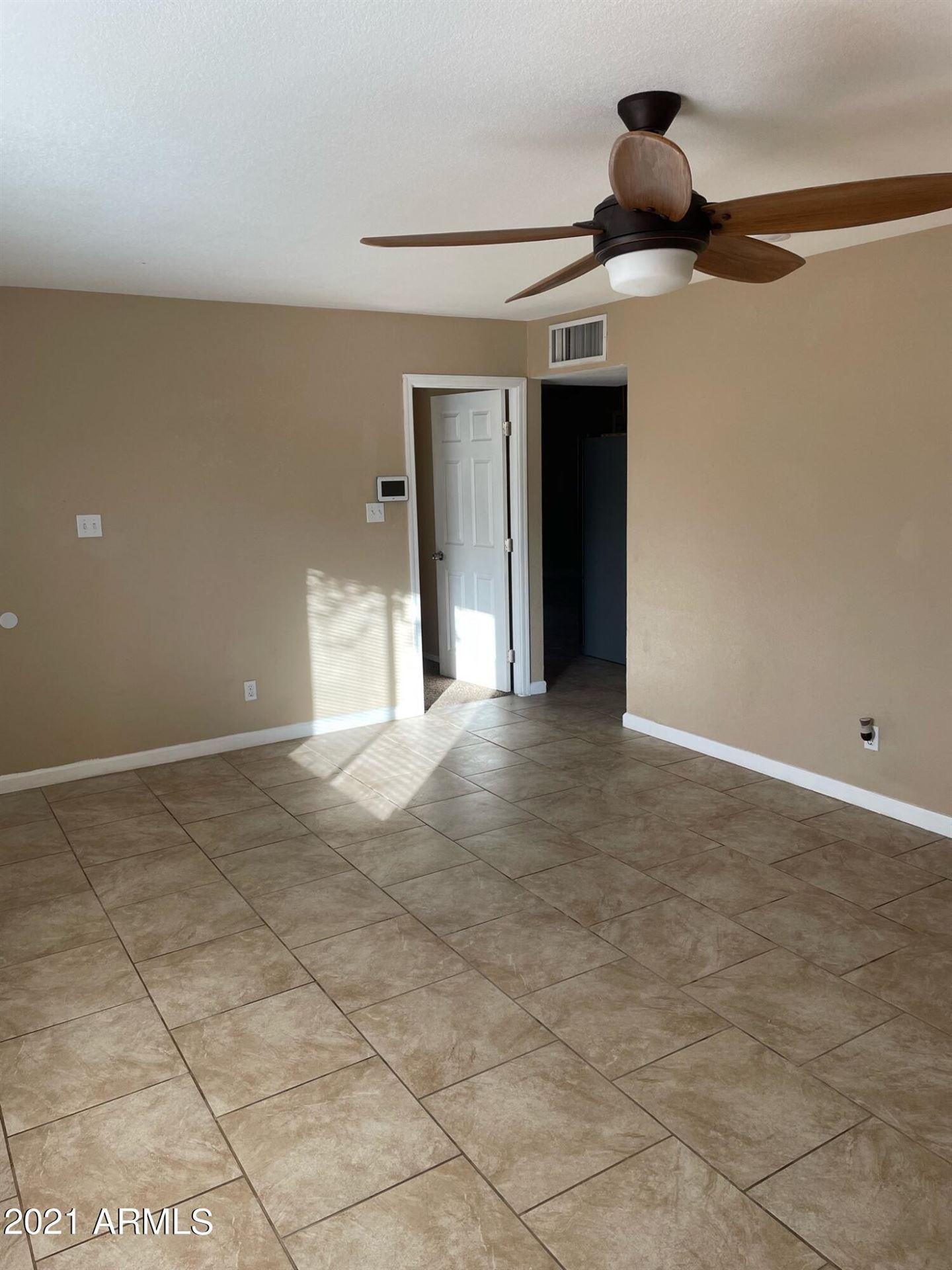 Photo of 6961 W WOLF Street, Phoenix, AZ 85033 (MLS # 6250116)