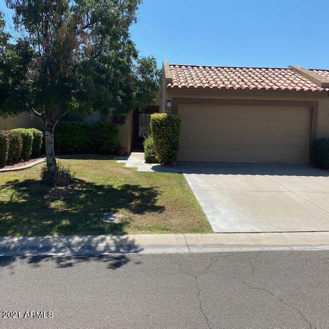 Photo of 9727 W KERRY Lane, Peoria, AZ 85382 (MLS # 6296116)