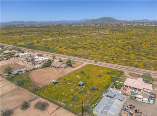 Photo of 501 E CLOUD Road, Phoenix, AZ 85086 (MLS # 6062118)