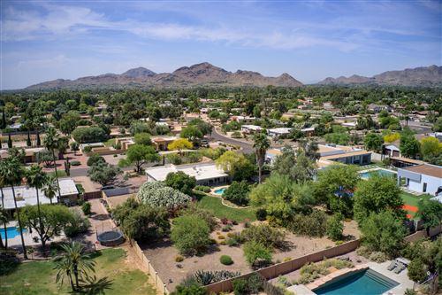 Photo of 6426 E TURQUOISE Avenue, Paradise Valley, AZ 85253 (MLS # 6078118)