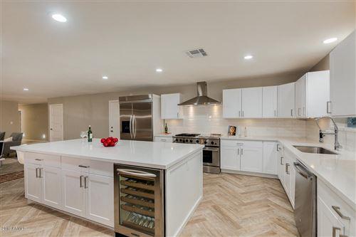Photo of 2246 W VIRGINIA Avenue, Phoenix, AZ 85009 (MLS # 6014122)