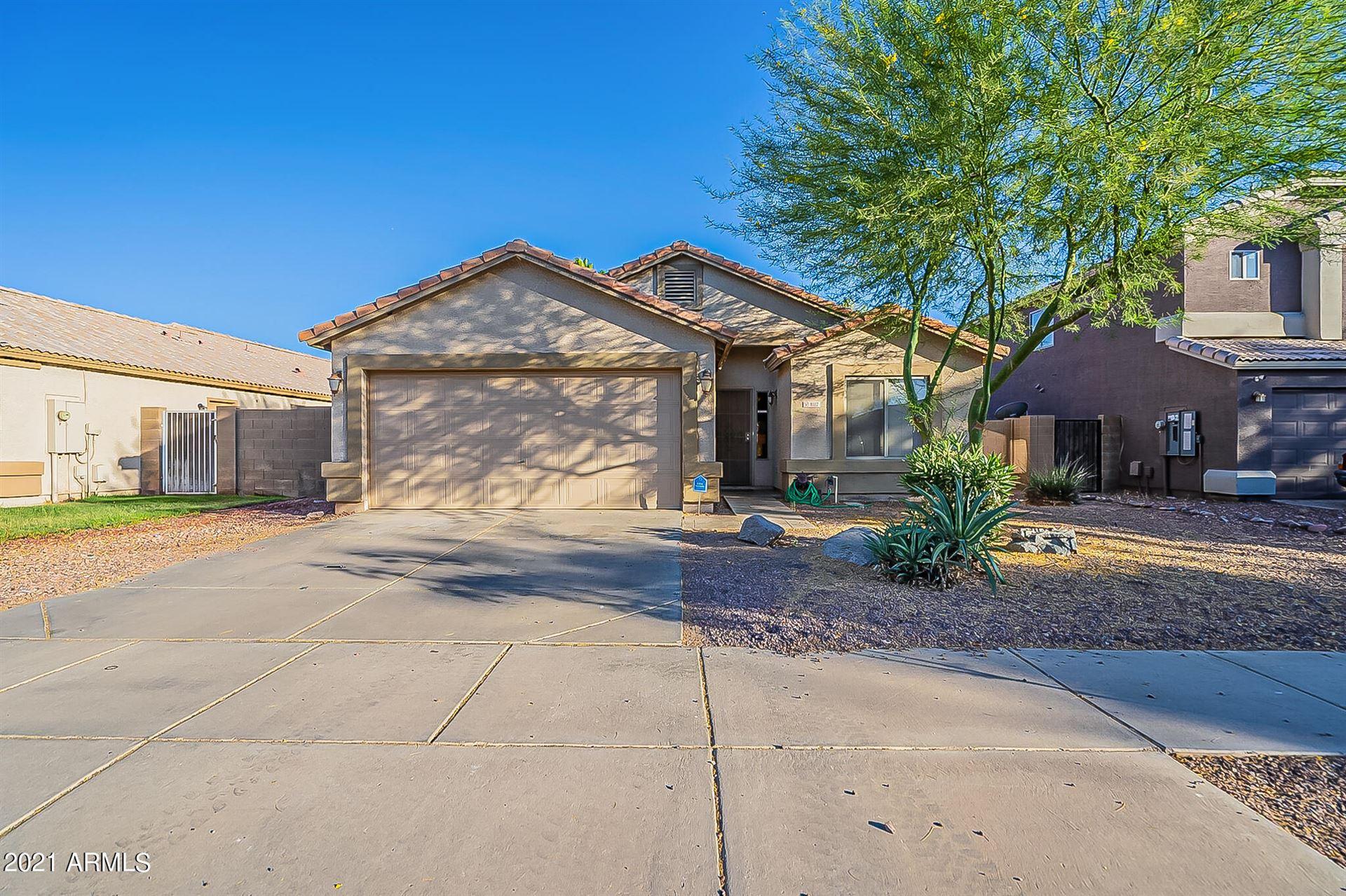 Photo of 8117 W PRESTON Lane, Phoenix, AZ 85043 (MLS # 6250127)