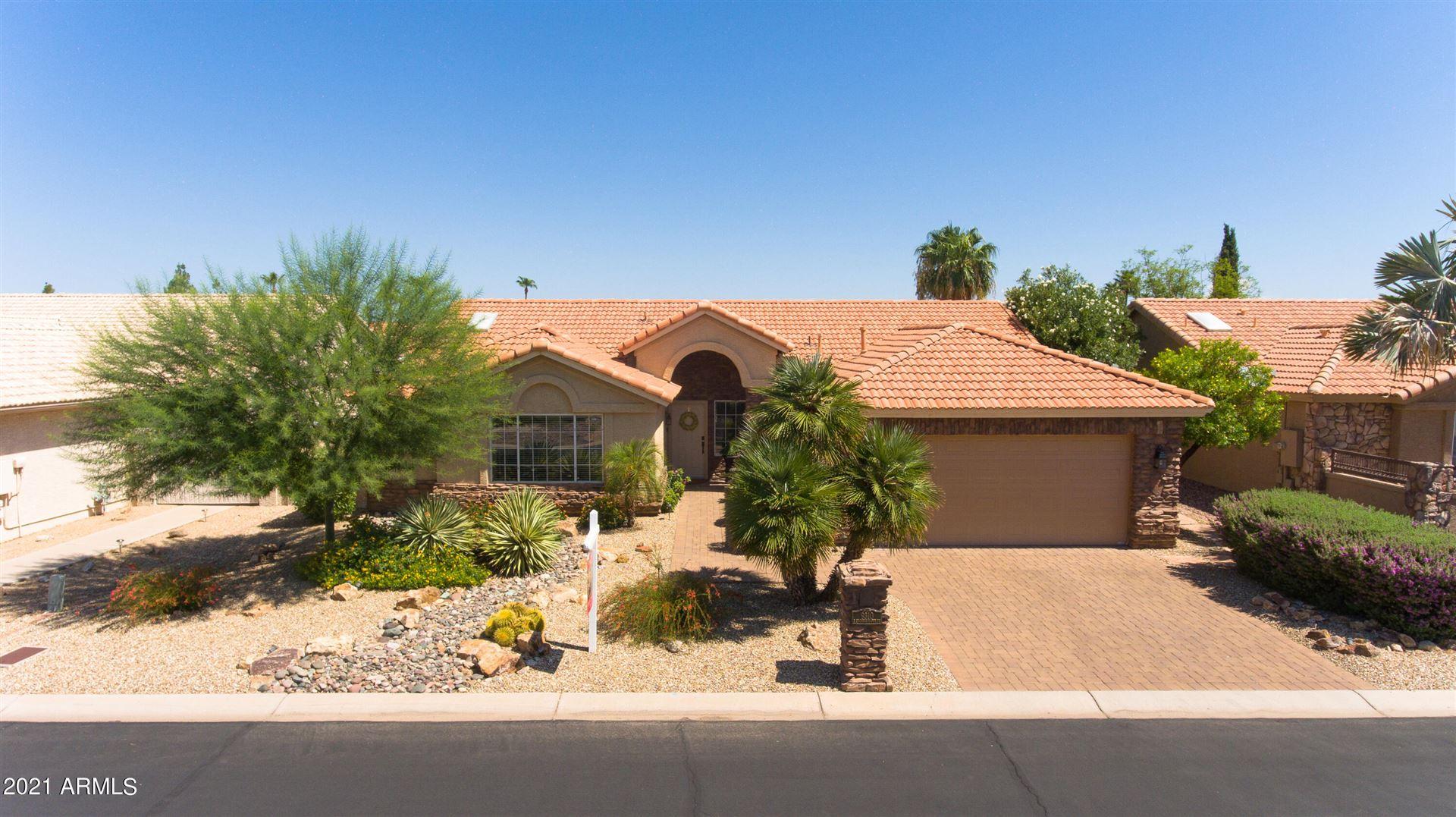 Photo of 9310 E COOPERS HAWK Drive, Sun Lakes, AZ 85248 (MLS # 6272127)