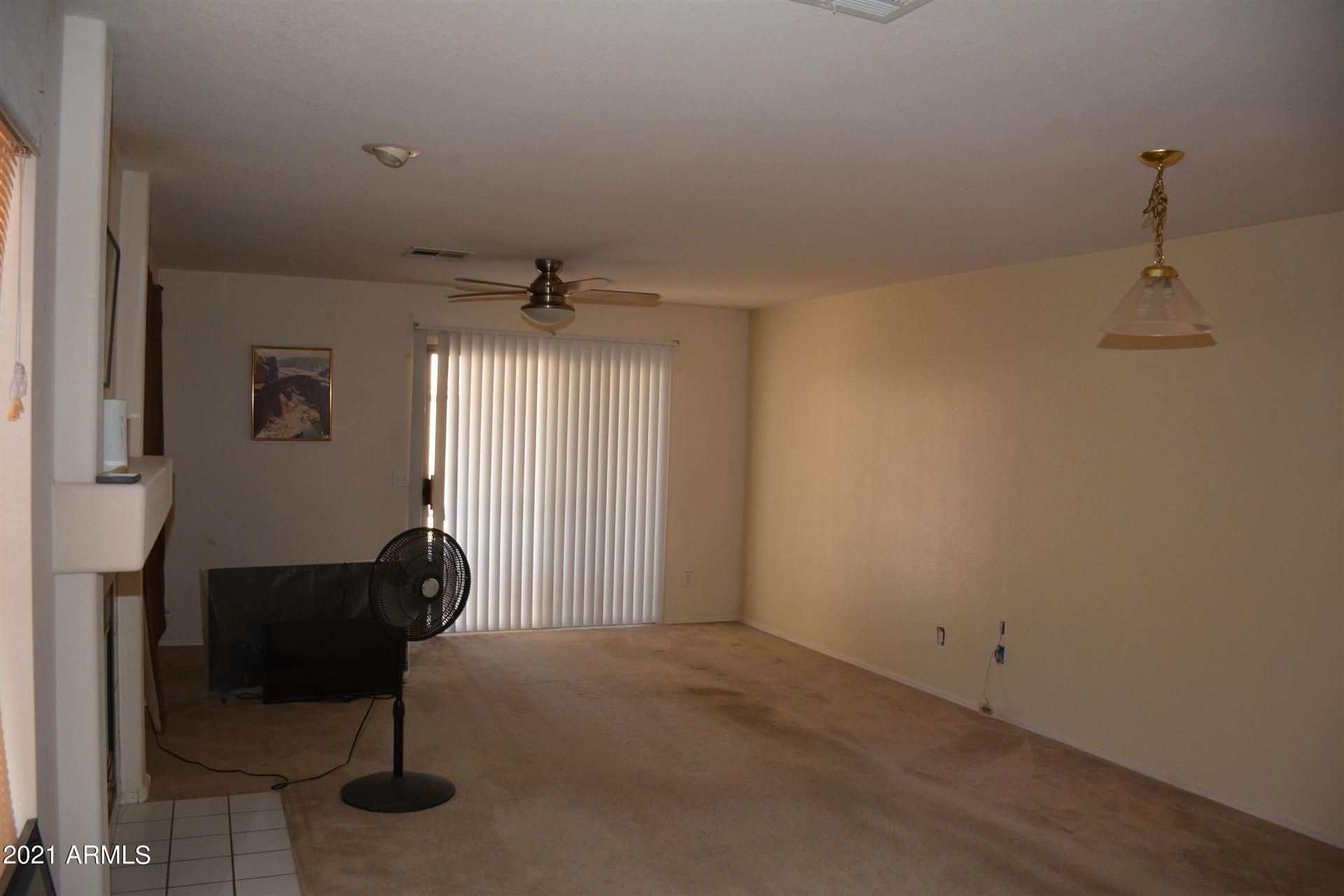 Photo of 1052 E GREENLEE Avenue, Apache Junction, AZ 85119 (MLS # 6304127)