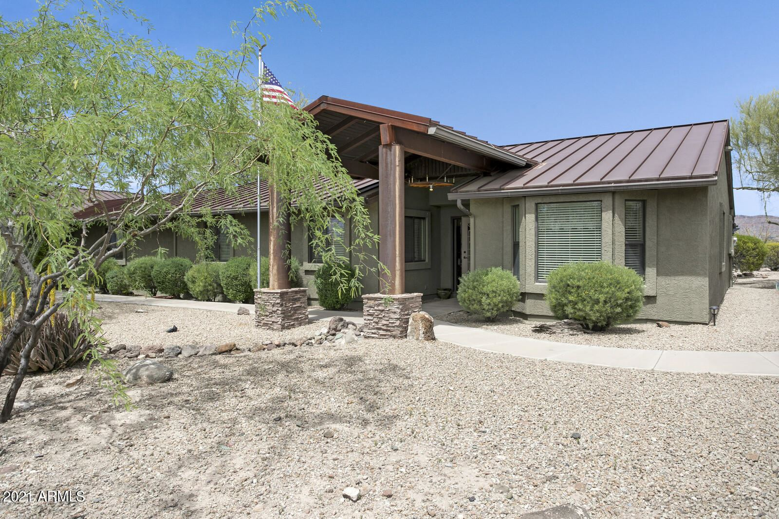Photo of 106 W RIDGECREST Road, Desert Hills, AZ 85086 (MLS # 6222129)
