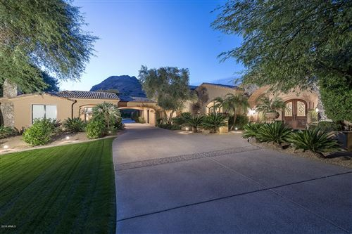 Photo of 6402 E CHAPARRAL Road, Paradise Valley, AZ 85253 (MLS # 5843136)
