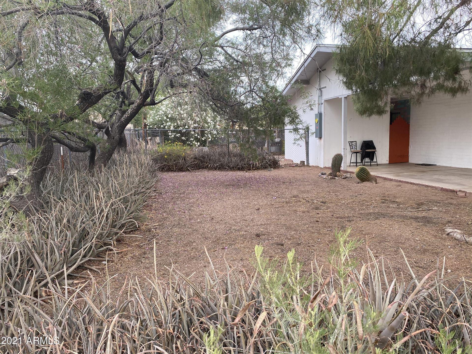 Photo of 966 W 4TH Avenue, Apache Junction, AZ 85120 (MLS # 6244136)