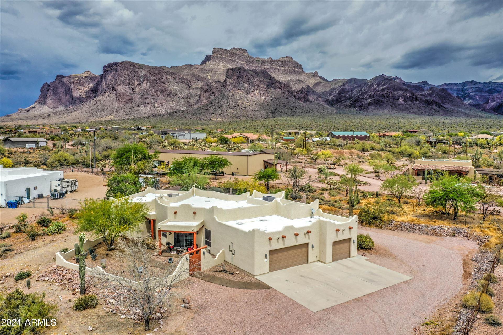 Photo of 5772 E 1ST Avenue, Apache Junction, AZ 85119 (MLS # 6227137)