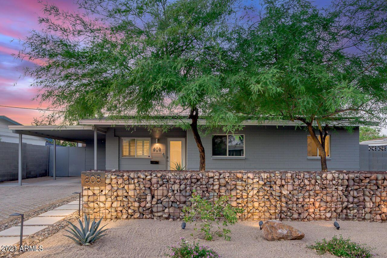 Photo of 808 W INDIANOLA Avenue, Phoenix, AZ 85013 (MLS # 6232140)