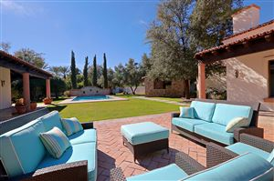 Photo of 9106 N FOOTHILLS MANOR Drive, Paradise Valley, AZ 85253 (MLS # 5875141)