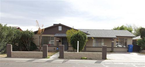 Photo of 5133 W HOLLY Street, Phoenix, AZ 85035 (MLS # 6175144)