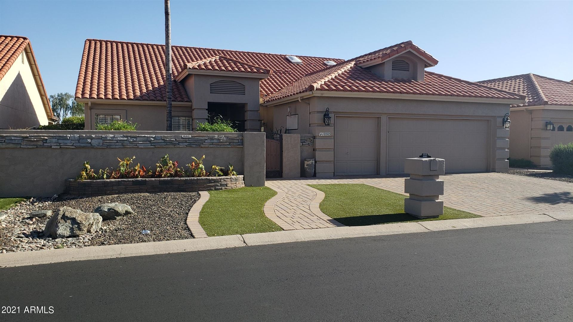 Photo of 10505 E MICHIGAN Avenue, Sun Lakes, AZ 85248 (MLS # 6232144)