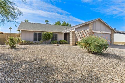 Photo of 2105 N LOS ALTOS Drive, Chandler, AZ 85224 (MLS # 6309145)