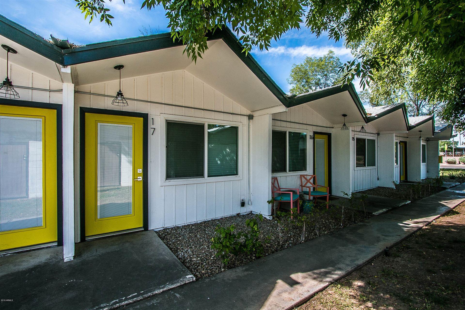 Photo of 2309 S COLLEGE Avenue #18, Tempe, AZ 85282 (MLS # 6234151)