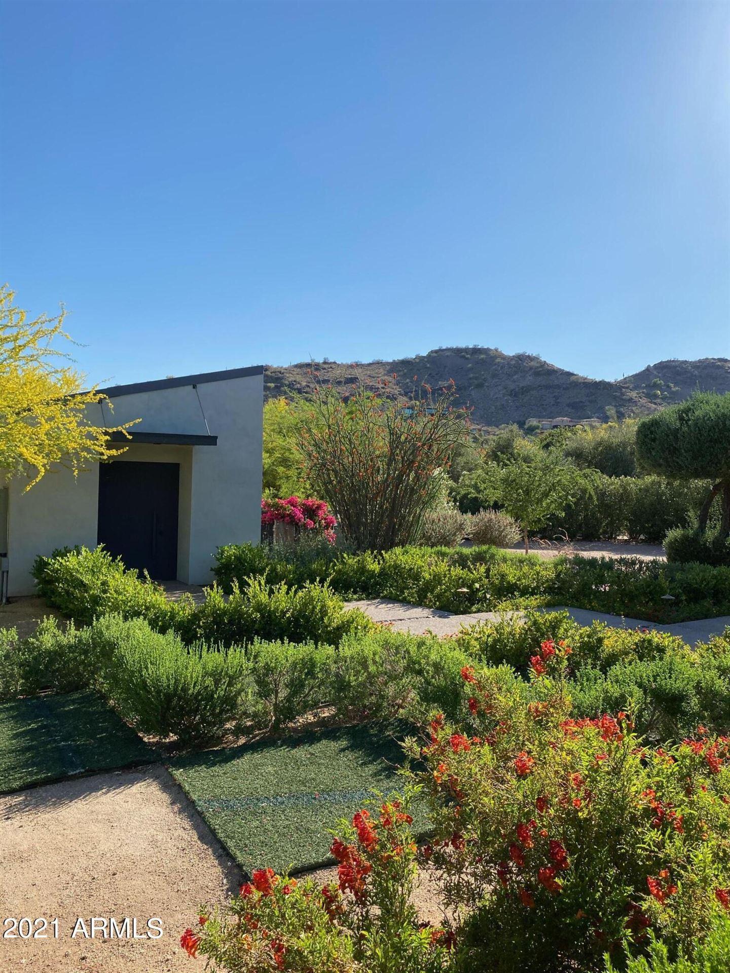 Photo of 6700 E HUMMINGBIRD Lane, Paradise Valley, AZ 85253 (MLS # 6305157)