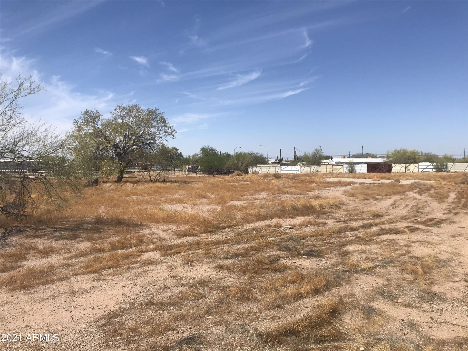 Photo of 4332 N GOLD Drive, Apache Junction, AZ 85120 (MLS # 6248159)